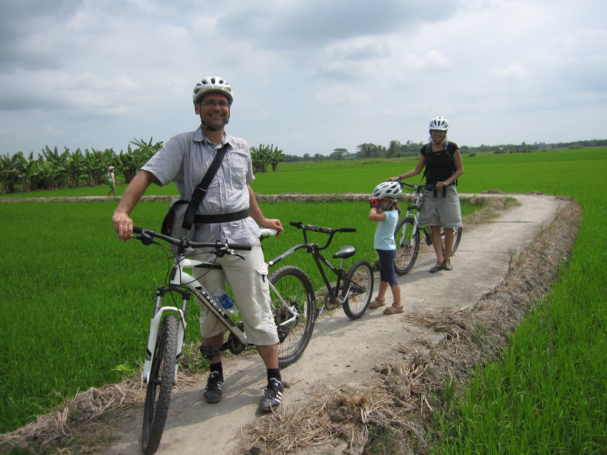 Family bicycle adventure with Vietnam Bike Tours