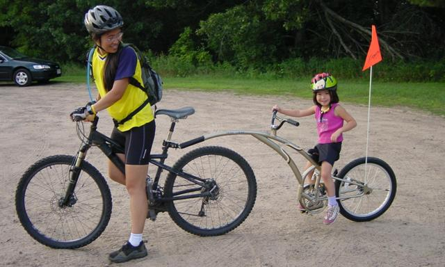 tag-long bike for your kids with Vietnam Bike Tours
