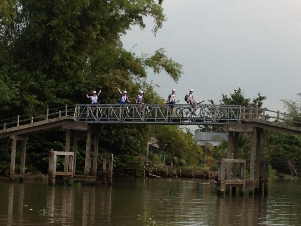 vietnam bike tours,
