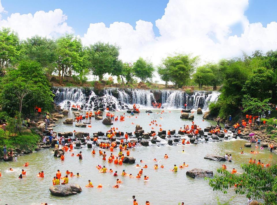 waterfalls giang dien 2