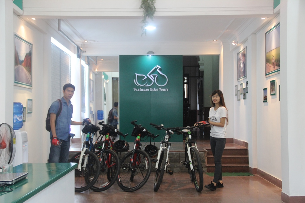 Vietnam Bike Tours - hue office (12)